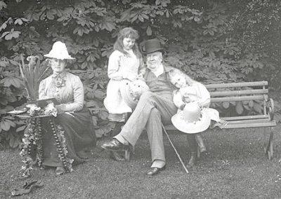 3rd Baron Clonbrock with Georgina, Edith & Ethel Dillon