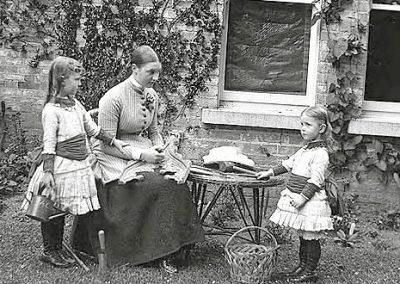 Sisters Georgina, Edith & Ethel Dillon, Clonbrock