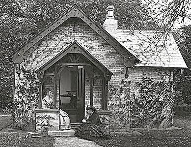 Louisa & Augusta Dillon, 1880 Photography House, Clonbrock