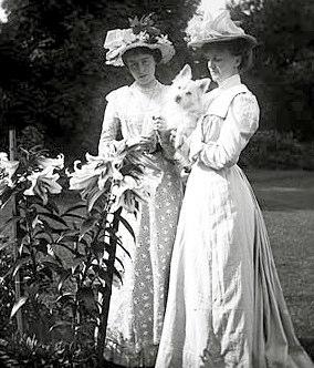 Clare & Edith Dillon, Clonbrock 1901
