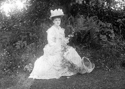 Edith Dillon, Clonbrock, 1900