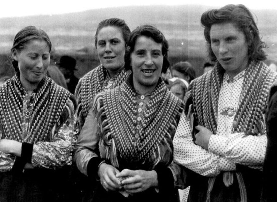Éadach traidisiúnta Inis Meáin suas go dtí 1970